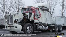 2003 KENWORTH T600 Damaged truc