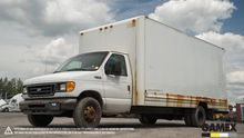 2004 FORD E450 Damaged truck