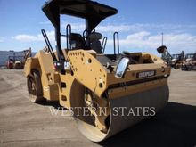 2015 CATERPILLAR CB54 E0006368