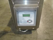 2010 M- 70X25 Metal detector (a