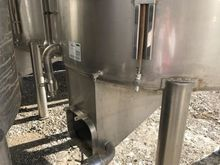 Tanks in stainless steal,easy e