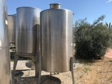 Simple tanks 3.000 liters stain