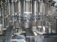 Rotary Piston Filler. FARMOMAC