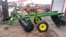 John Deere 2420 New offset disc