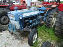 Used Ford 3000 2wd,
