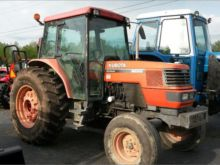 Used Kubota M9000 in