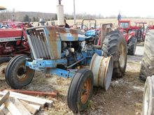 Used Ford 4600 2-WD