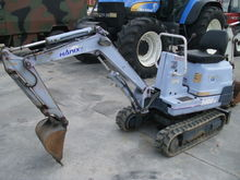 2005 9 HANIX H08.2