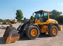 Used 2013 VOLVO L90G