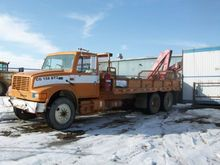 INTERNATIONAL 4900 Trucks, Trai