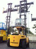 2008 Mitsubishi FD210 Container