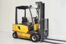 Ausa B201RH Industrial Sweeper