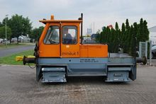 1975 DH60-105 Towing tractor &