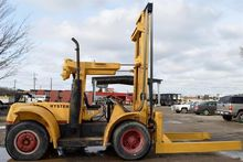 Used Hyster H200E Co