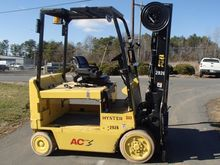 Used 2009 Hyster E80