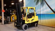 2011 Hyster S80FT Counter balan