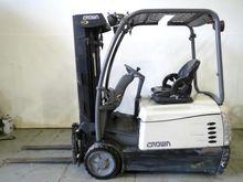 2011 Crown SC5245-35 Counter ba