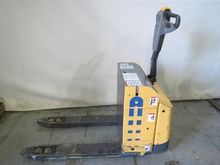 2009 Atlet PLL180 Pallet Movers