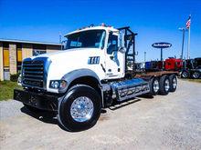 2013 MACK GU713 Winch Truck