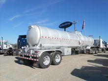2015 TROXELL 200BBL Tank Traile