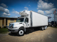 2009 INTERNATIONAL 4400 Reefer