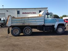 Used 1978 FORD L8000