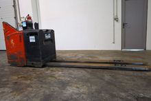Used 2005 LINDE T24S