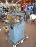 EM Bruhn Slotting machine BM90-