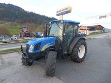Used 2011 Holland T4