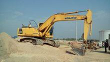 Excavador Komatsu PC200-8
