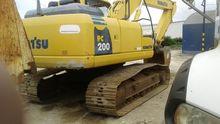 Excavadora Komatsu PC 200-8