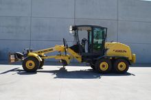 2014 New Holland F 106.7A