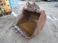 Used Liebherr Bucket