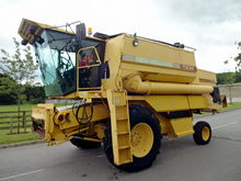 1994 NEW HOLLAND TX34 COMBINE H