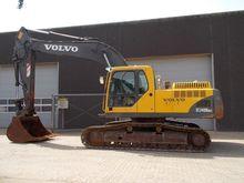 Used 2002 VOLVO EC24