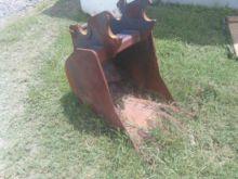 Used Bucket : Kubota
