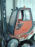 Used LIFT TRUCK in V