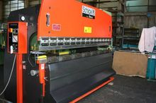 PRESS BRAKE SCHIAVI 3000X65