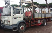 Tractor Renault tipper with cra
