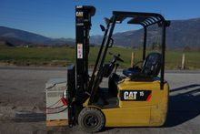 3-wheel electric forklift truck