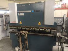 GECKO 2000X35 FENDER