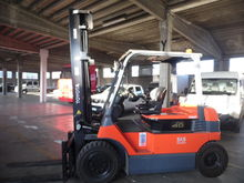 Used 2 Forklift Toyo