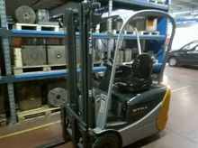 Used Electric forkli