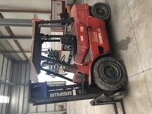 Used LIFT TRUCK in L