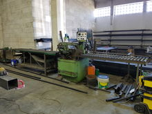 Belt conveyor with roller conve