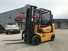 2005 Hyundai Construction HLF25