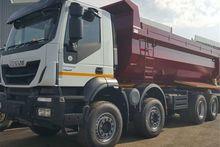 2017 Iveco Trakker 410 8x4