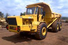 Bell B30B 6X6 Dump Truck, Off h