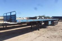 2012 Roadhog Tri Axle with Cont