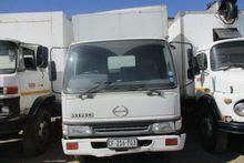 Used 2003 Hino 9.136